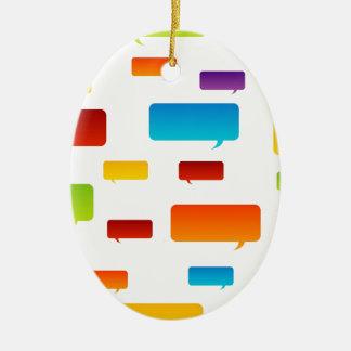 Burbujas coloridas del discurso adorno navideño ovalado de cerámica