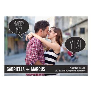 Burbujas de la charla que casan reserva las tarjet comunicados personalizados