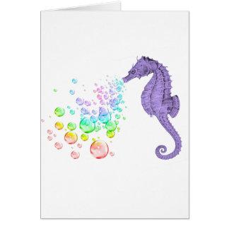burbujas del arco iris del seahorse que soplan tarjeta de felicitación