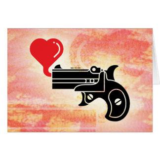Burbujas que soplan de la pistola del amor tarjeta de felicitación