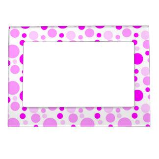 Burbujas rosadas gallardas marcos magneticos
