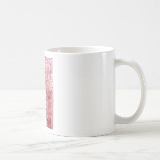 Burbujas rosadas taza básica blanca