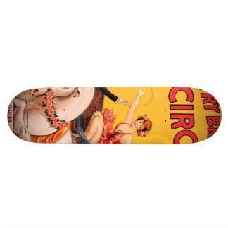 Burguesía alta Bros. Circo Skateboard