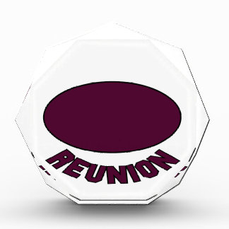 Burgundy Reunion Design Award