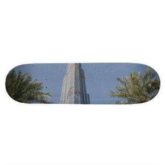Burj Khalifa, Dubai y palmeras Skate Boards