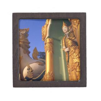 Burma (Myanmar), Rangoon (Yangon) Temple Premium Jewelry Boxes