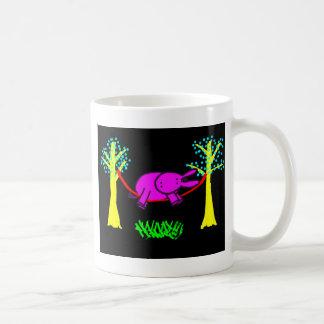burro en hamaca taza clásica
