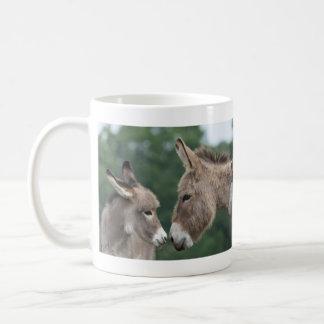 Burro pequeño taza