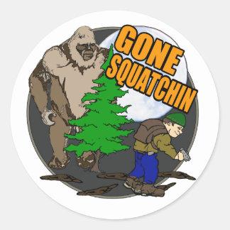 Buscar Bigfoot Pegatina Redonda