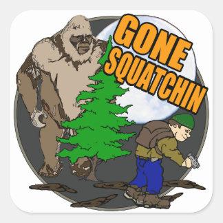 Buscar Bigfoot Pegatina Cuadrada