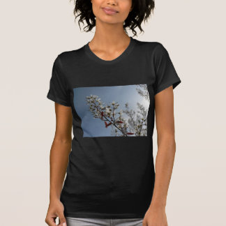 Bush floreciente blanco el Sun Camisetas