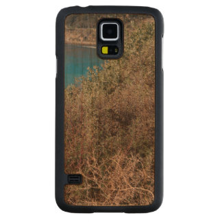 bushes in the water carved® cherry galaxy s5 case