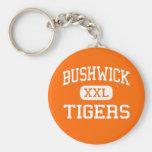Bushwick - tigres - alto - Brooklyn Nueva York Llavero Personalizado