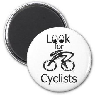 Busque a los ciclistas imán redondo 5 cm