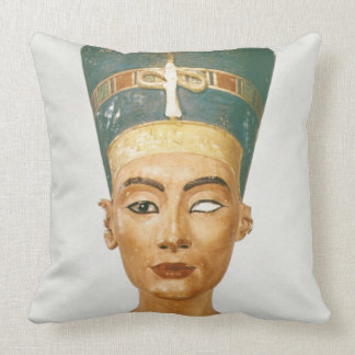 Bust of Queen Nefertiti front view from the stud Throw Pillow