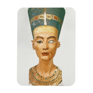 Bust of Queen Nefertiti, front view, from the stud Flexible Magnet