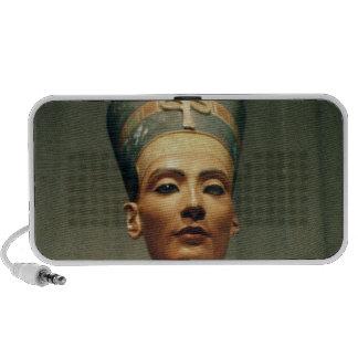 Bust of Queen Nefertiti, front view Travelling Speaker