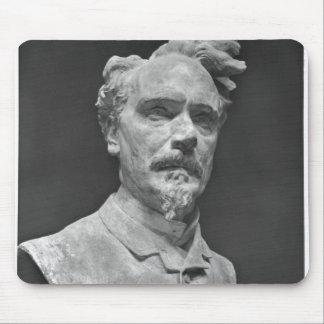 Busto de Enrique Rochefort Tapete De Raton