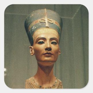Busto de la reina Nefertiti, vista delantera Pegatina Cuadradas