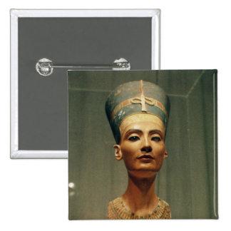 Busto de la reina Nefertiti, vista delantera Pin Cuadrado