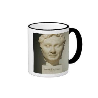 Busto de Pompey (106-48 A.C.) c.60 A.C. (mármol) Taza De Café