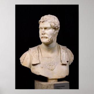 Busto del emperador Hadrian encontrado en Creta Impresiones