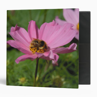Busy Bee on Cosmo 3 Ring Binder