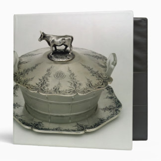 Butter dish with a frosted glass base 3 ring binders