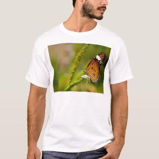 butterflies red admiral T-Shirt