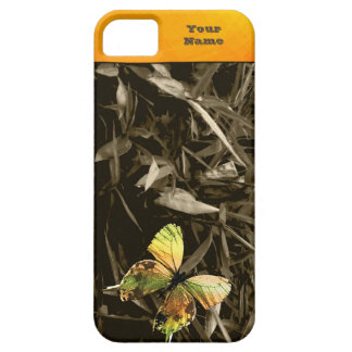 Butterfly on Dry Leaves iPhone SE/5/5s Case