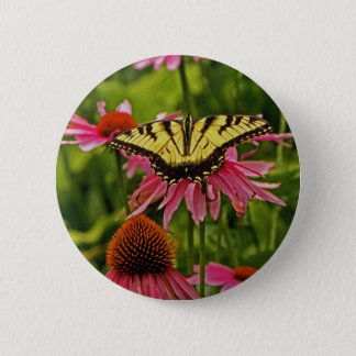 Butterfly on Flower v11 Button