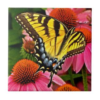 Butterfly on Flower v22 Tile