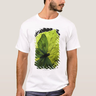 Butterfly on leaf T-Shirt