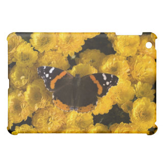 Butterfly on yellow asters iPad mini case