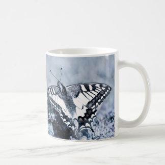 Butterfly Photography purple jump Design mug