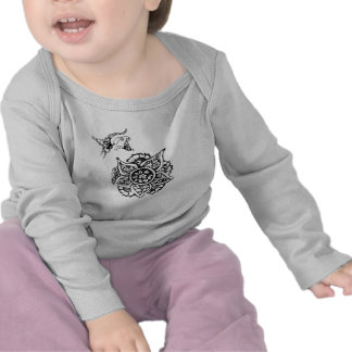 Butterfly with Flower(Henna) Tshirt