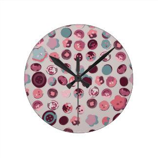 Button tin round clock