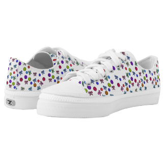 Buttons and Bows Pattern Low-Top Sneakers