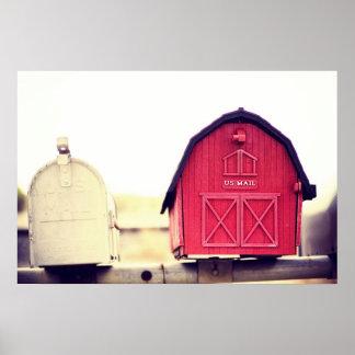 Buzón rojo del granero {usted tiene serie del corr posters