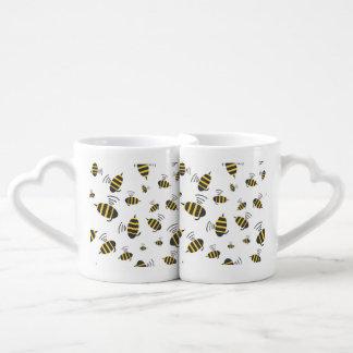 Buzzing Bumble Bee Cartoon Couples Coffee Mug
