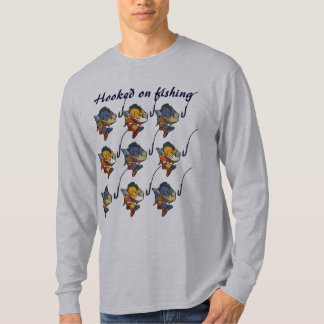 BV enganchado en la camisa de la pesca