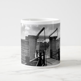 BW Drawbridge St. Augustine 20 Oz Large Ceramic Coffee Mug