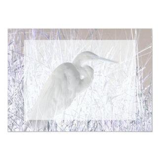bw invertido del egret frecuentado anuncio