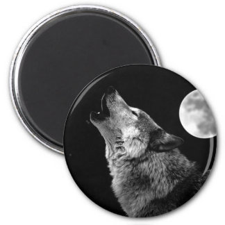 BW Wolf Howling at Moon 2 Inch Round Magnet