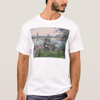 By the Seine- Grey cat T-Shirt
