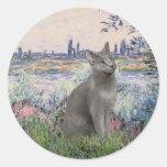 By the Seine - Russian Blue cat Round Sticker