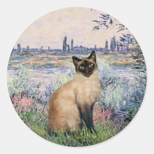 By the Seine - Seal Point Siamese cat Classic Round Sticker