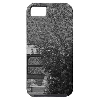 By the Wishing Well-horizontal iPhone SE/5/5s Case