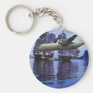 C-130 en alguna parte en el South Pacific Llavero Redondo Tipo Pin