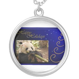 c-2011-panda-0052 collar plateado